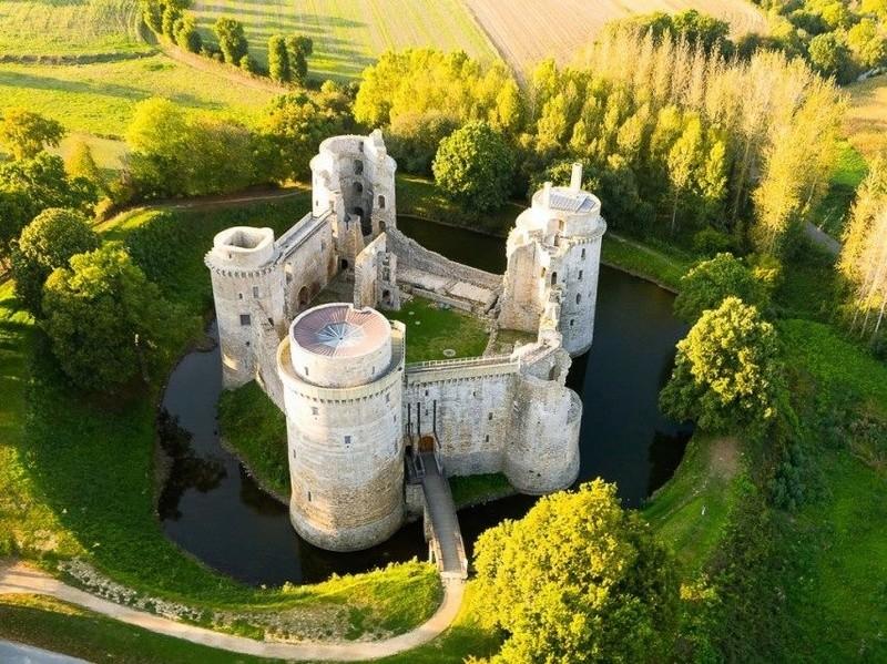 Chateaux de la Bretagne 20375610