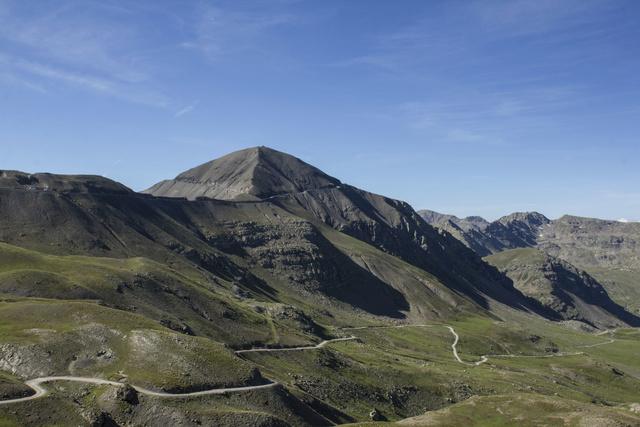 """Sur la route des """"Grandes Alpes"""" en Zoe Q210 - Page 2 Img_9014"""