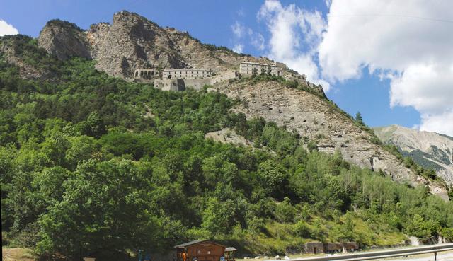 """Sur la route des """"Grandes Alpes"""" en Zoe Q210 - Page 2 Img_9111"""