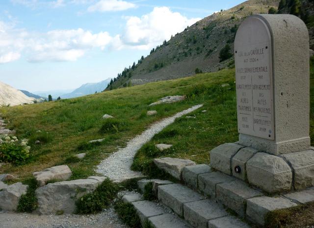 """Sur la route des """"Grandes Alpes"""" en Zoe Q210 - Page 2 P1020212"""