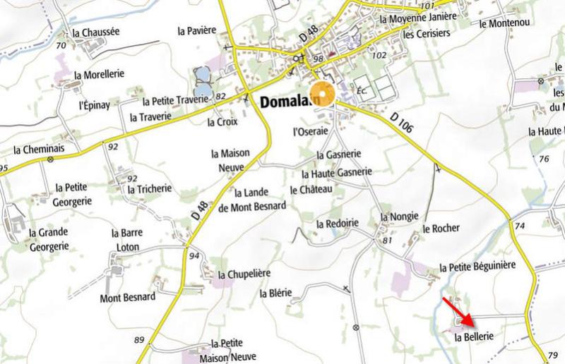 Domalain Ille-et-Vilaine ( + Borne 233 ) Beller10