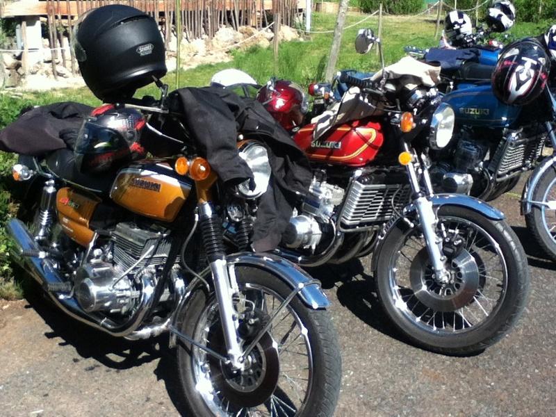 Photos de 3 cylindres SUZUKI Img_0329