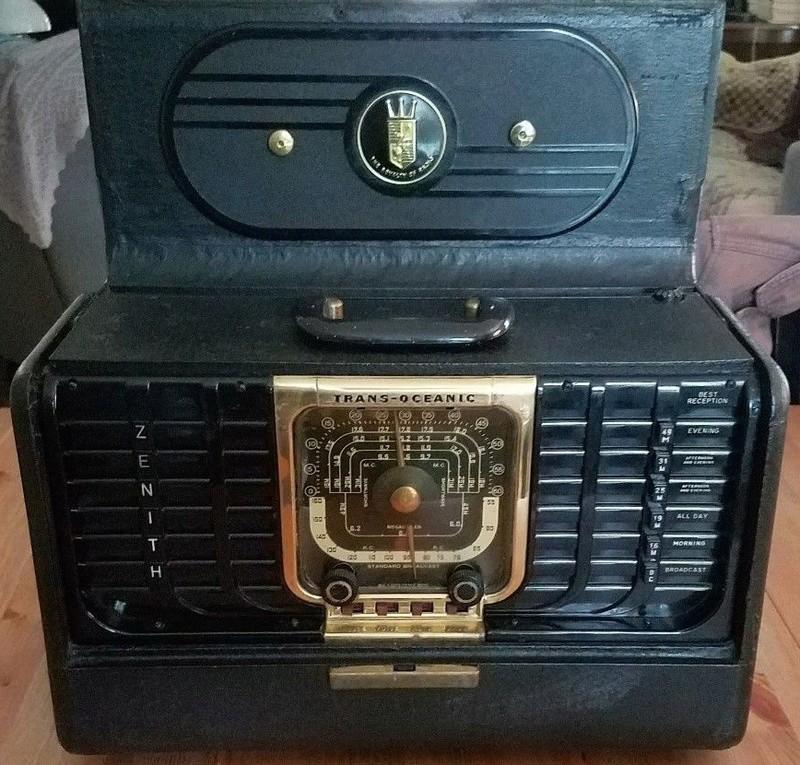 Tube Radios Radio10