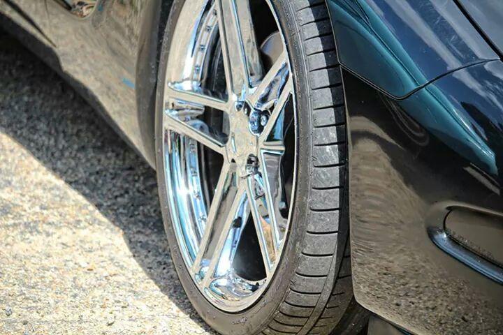 Dimensions idéal des pneus sur jantes 19/20 Img_1810