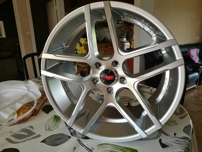 Dimensions idéal des pneus sur jantes 19/20 Ruff_111