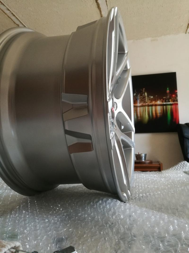 Dimensions idéal des pneus sur jantes 19/20 Ruff_310