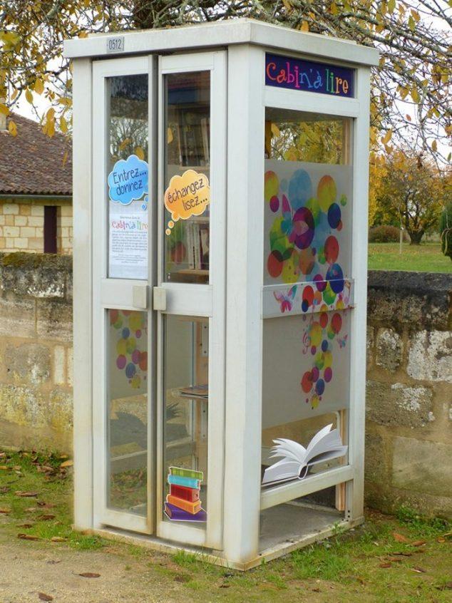 La disparition des cabines téléphoniques Cc-bay10