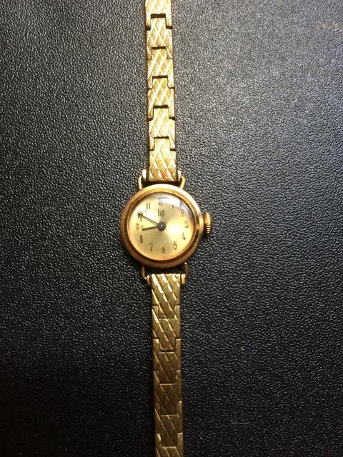 Enicar -  [Postez ICI les demandes d'IDENTIFICATION et RENSEIGNEMENTS de vos montres] - Page 3 Img_2010
