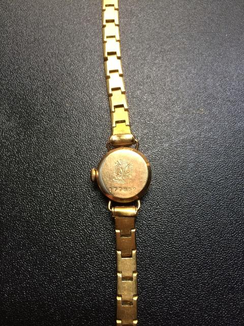 Enicar -  [Postez ICI les demandes d'IDENTIFICATION et RENSEIGNEMENTS de vos montres] - Page 3 Img_2011