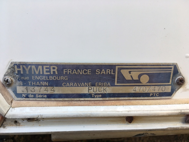 Plaque constructeur Eriba / Hymer [Post Photos] - Page 15 Img_0612