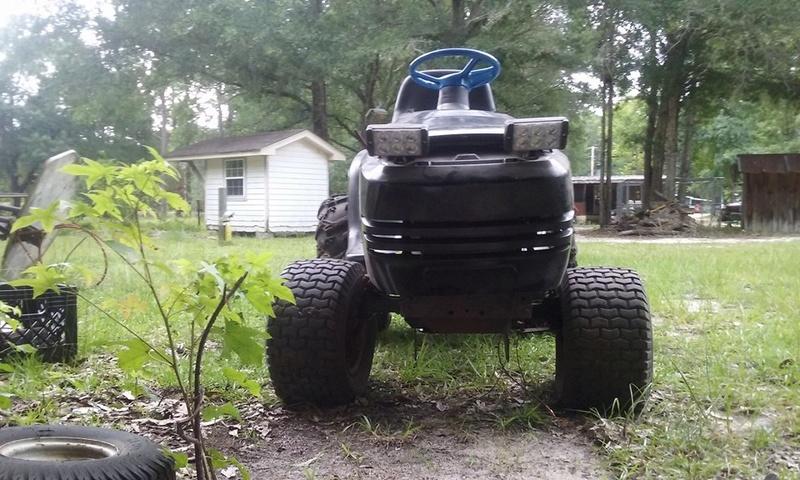 """craftsman ralley/mud mower """"bad moon rising"""" Mower410"""