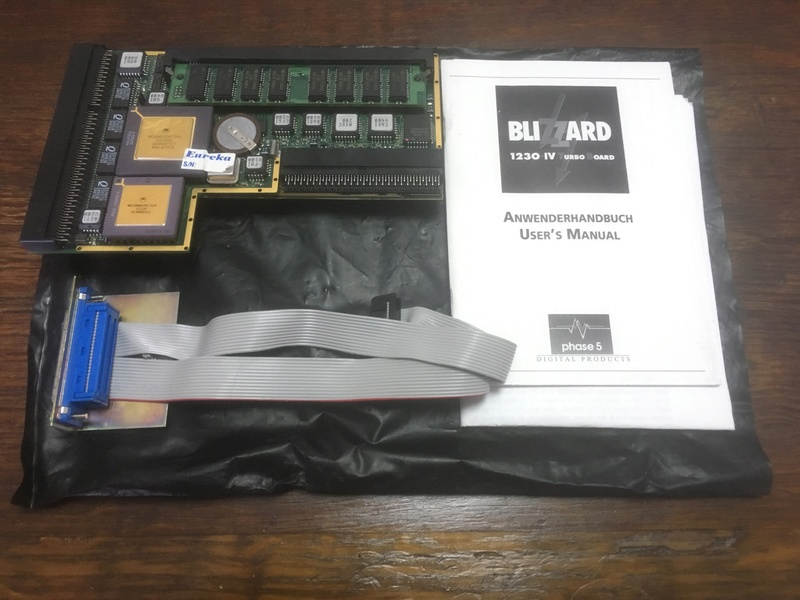 [EST] Phase 5 Blizzard 1230 IV + SCSI Module Img_3611
