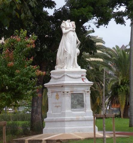 Rose de Beauharnais, impératrice Joséphine - Page 3 200_2010