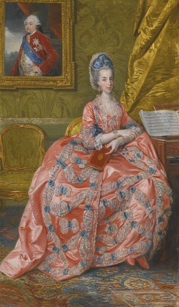 L'Archiduchesse Marie-Amélie - Page 2 243l1311