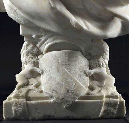 Bustes de Marie-Antoinette non attribués Captur17