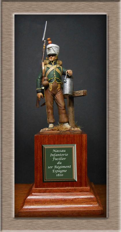 Vitrine Alain 2 mise en peinture sculpture Grenadier en surtout  1807  MM54mm - Page 4 Dscn8110