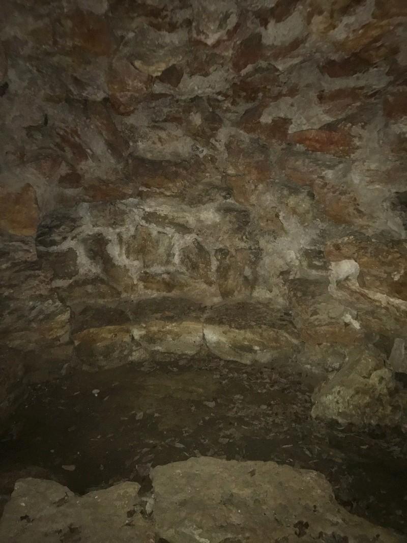 La grotte du Hameau de Marie-Antoinette Img_0910