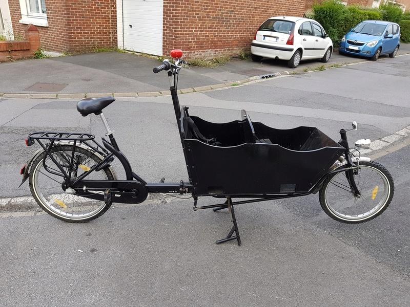 Mon vélo pour les ballades en famille 20170811