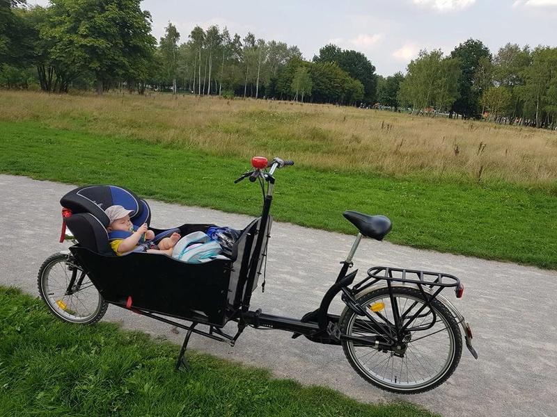 Mon vélo pour les ballades en famille 21034312