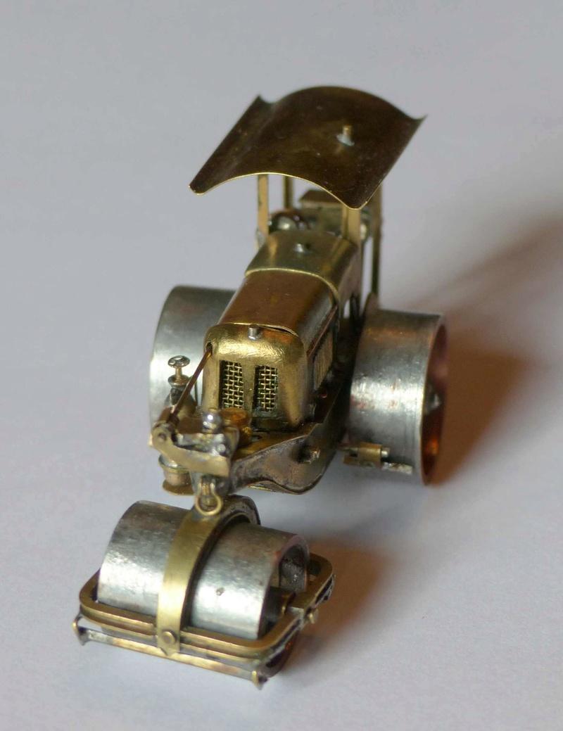 Rouleau compresseur RICHIER P1010510