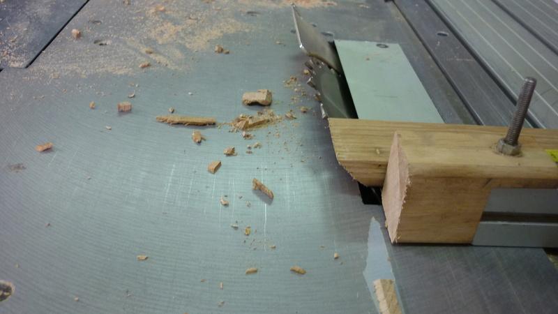 Caisse a bois ordinaire mais pas que P1310