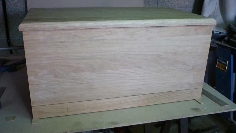 Caisse a bois ordinaire mais pas que P2210