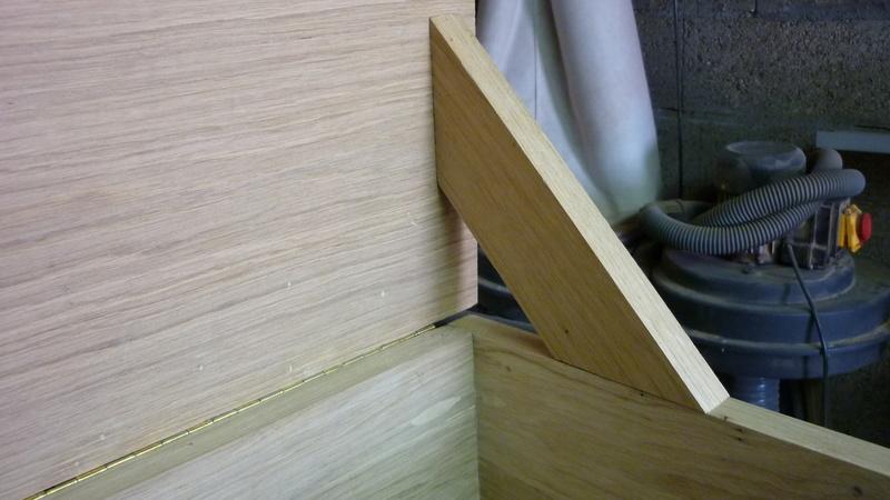 Caisse a bois ordinaire mais pas que P2410