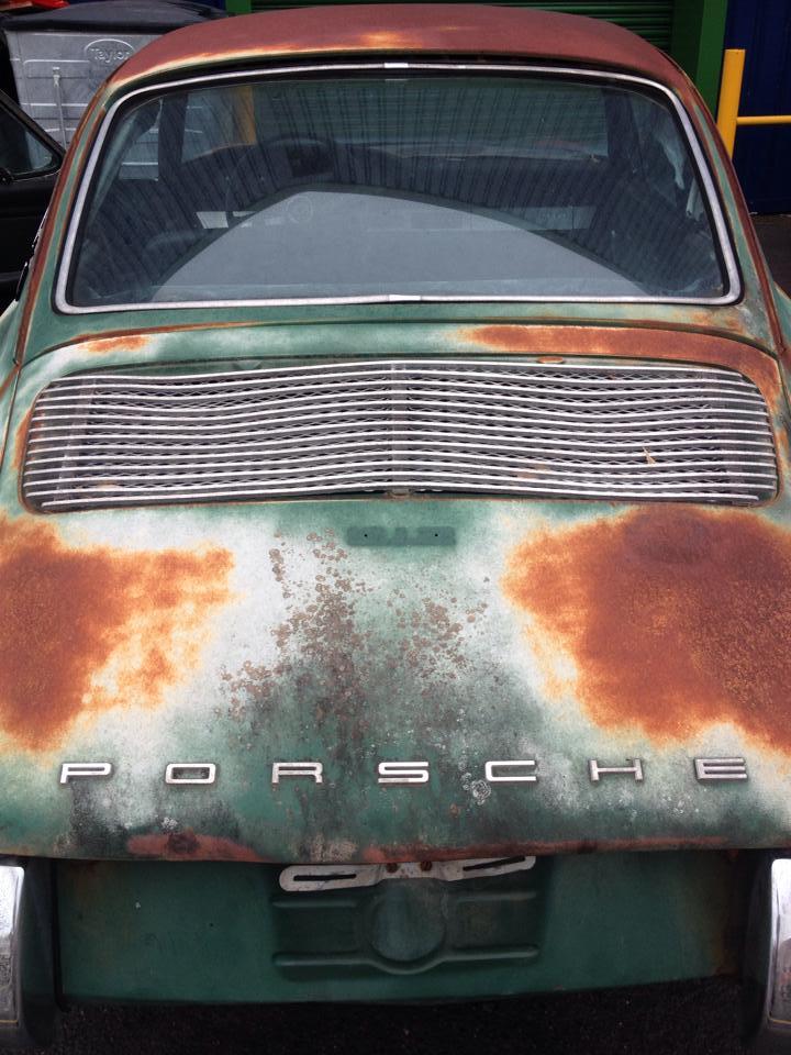 Photos de Porsche à restaurer - Page 10 10527810