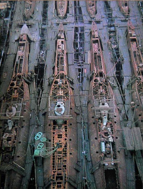 Grande grue 250 t port de Hambourg et Bismarck au 1/350 - Page 3 3bc3c710