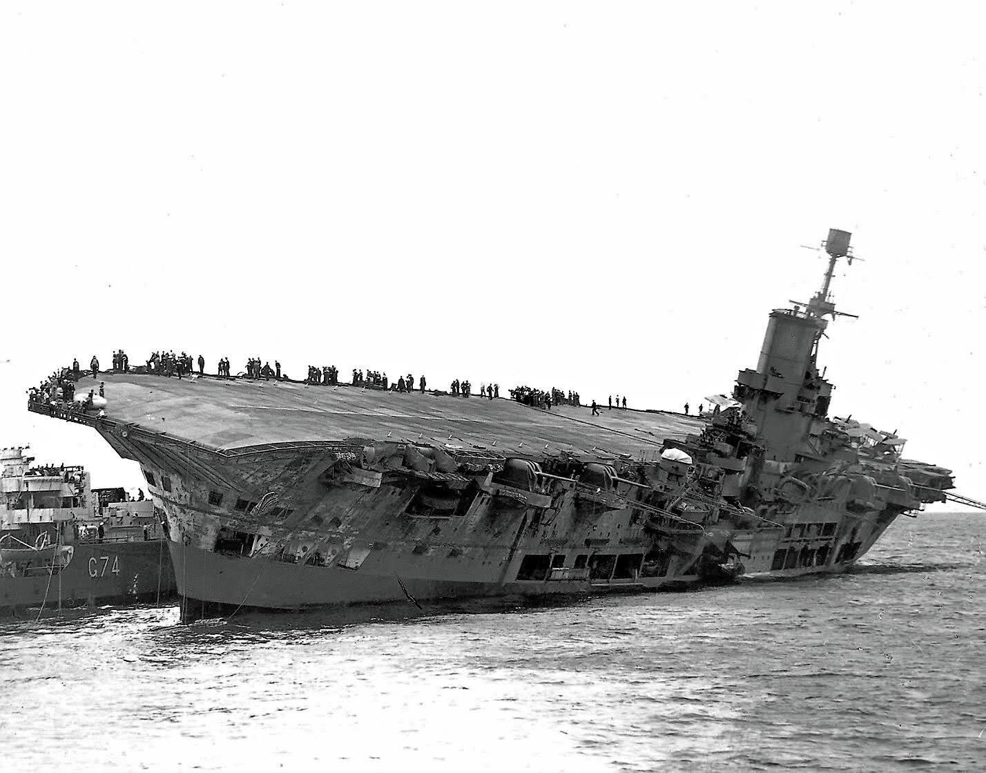 HMS ARK ROYAL. (91). 1/350.  MERIT Ark_ro12