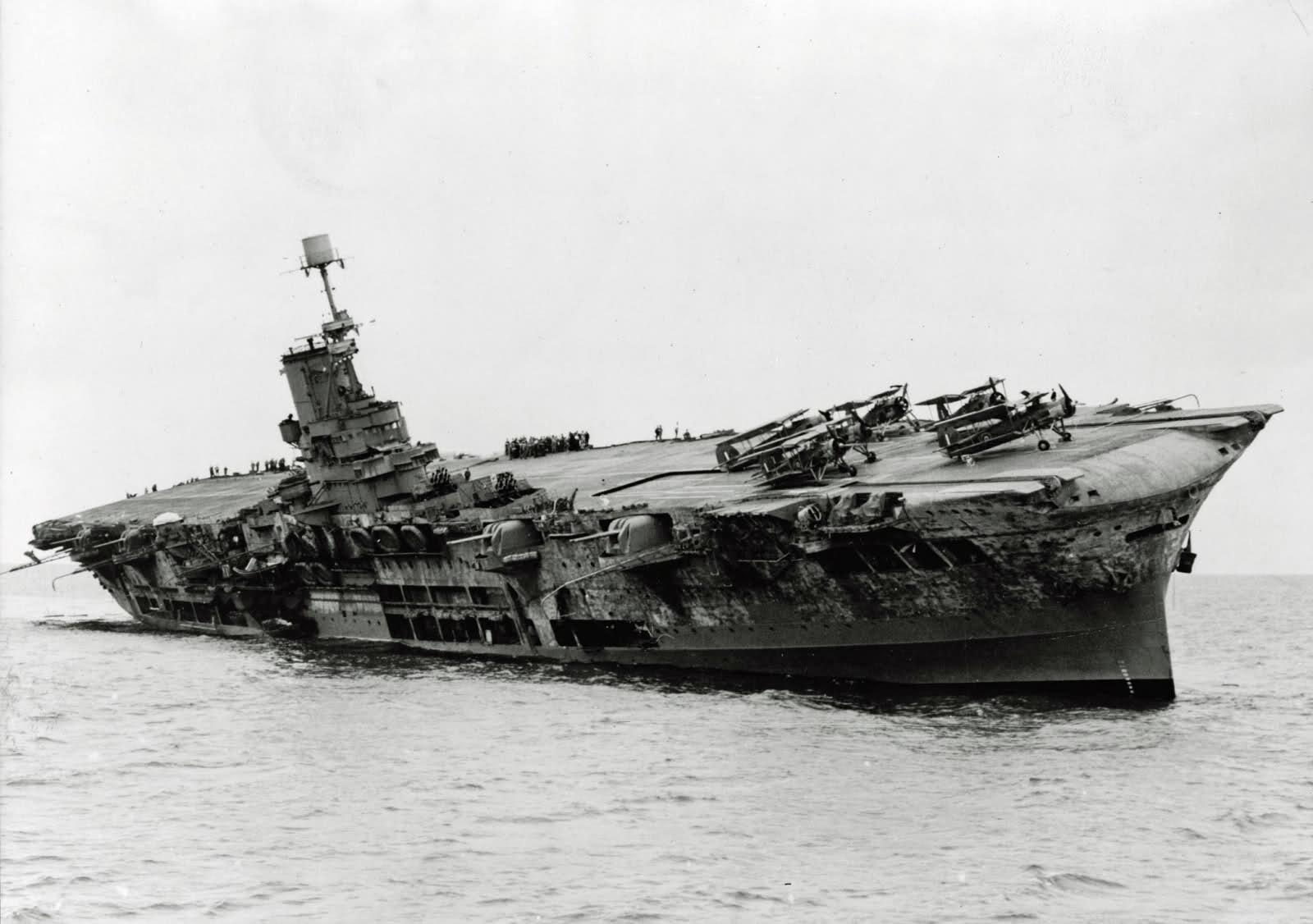 HMS ARK ROYAL. (91). 1/350.  MERIT Ark_ro13