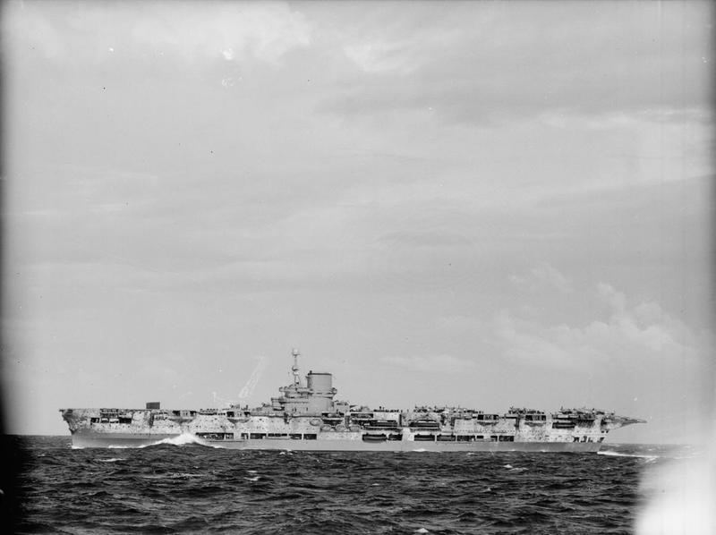 HMS ARK ROYAL. (91). 1/350.  MERIT Ark_ro14