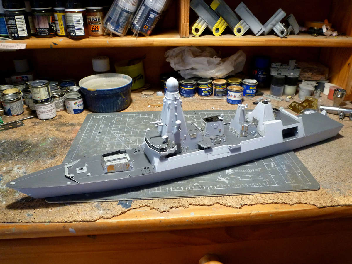 HMS DRAGON Destroyer Type 45 Airfix 1/350 + P.E Bigblueboy - Page 3 Hms_dr32