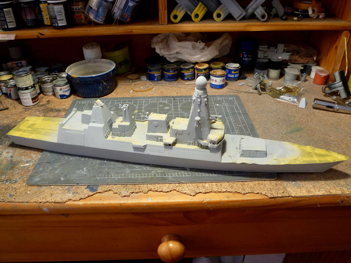 HMS DRAGON Destroyer Type 45 Airfix 1/350 + P.E Bigblueboy - Page 3 Hms_dr37
