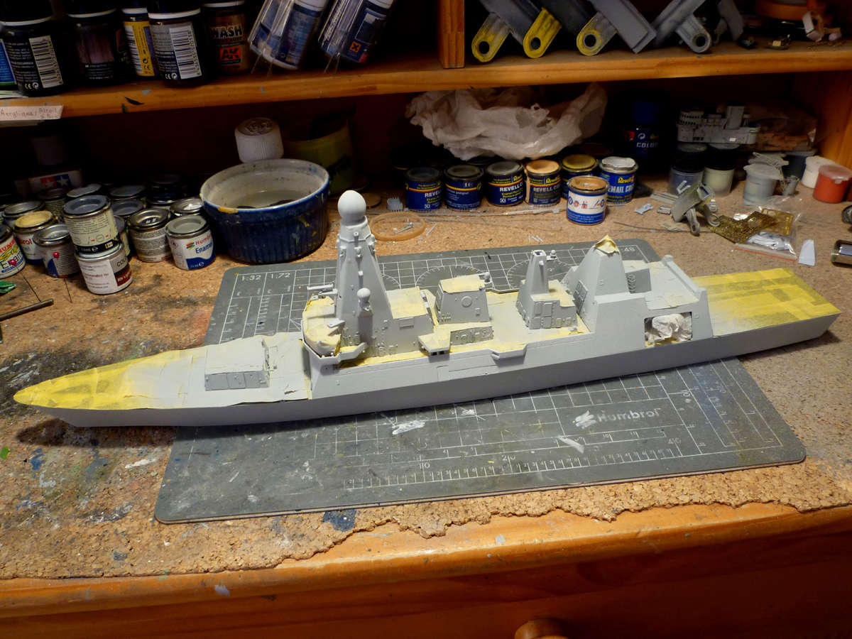 HMS DRAGON Destroyer Type 45 Airfix 1/350 + P.E Bigblueboy - Page 3 Hms_dr38