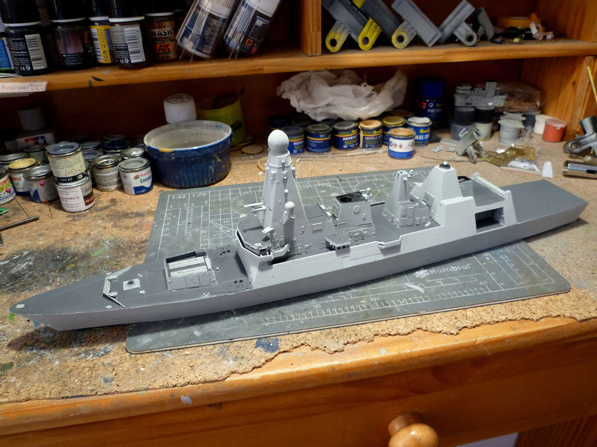 HMS DRAGON Destroyer Type 45 Airfix 1/350 + P.E Bigblueboy - Page 3 Hms_dr39