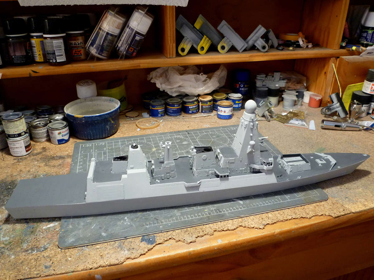 HMS DRAGON Destroyer Type 45 Airfix 1/350 + P.E Bigblueboy - Page 3 Hms_dr40