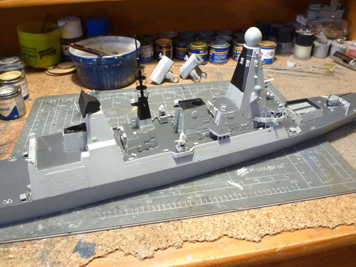 HMS DRAGON Destroyer Type 45 Airfix 1/350 + P.E Bigblueboy - Page 3 Hms_dr45