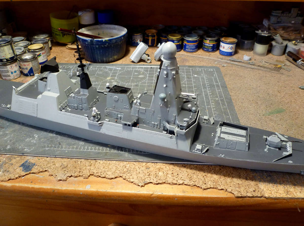 HMS DRAGON Destroyer Type 45 Airfix 1/350 + P.E Bigblueboy - Page 3 Hms_dr46