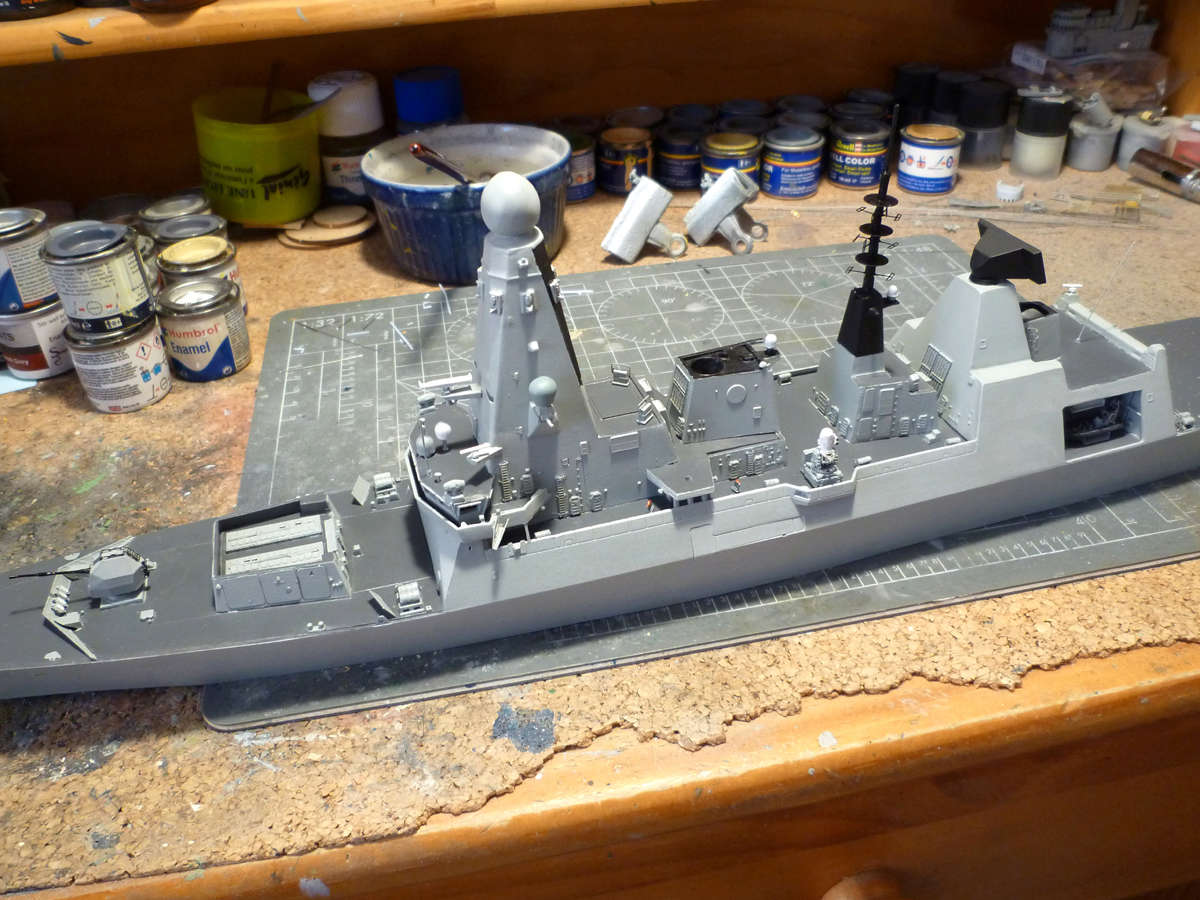 HMS DRAGON Destroyer Type 45 Airfix 1/350 + P.E Bigblueboy - Page 3 Hms_dr47