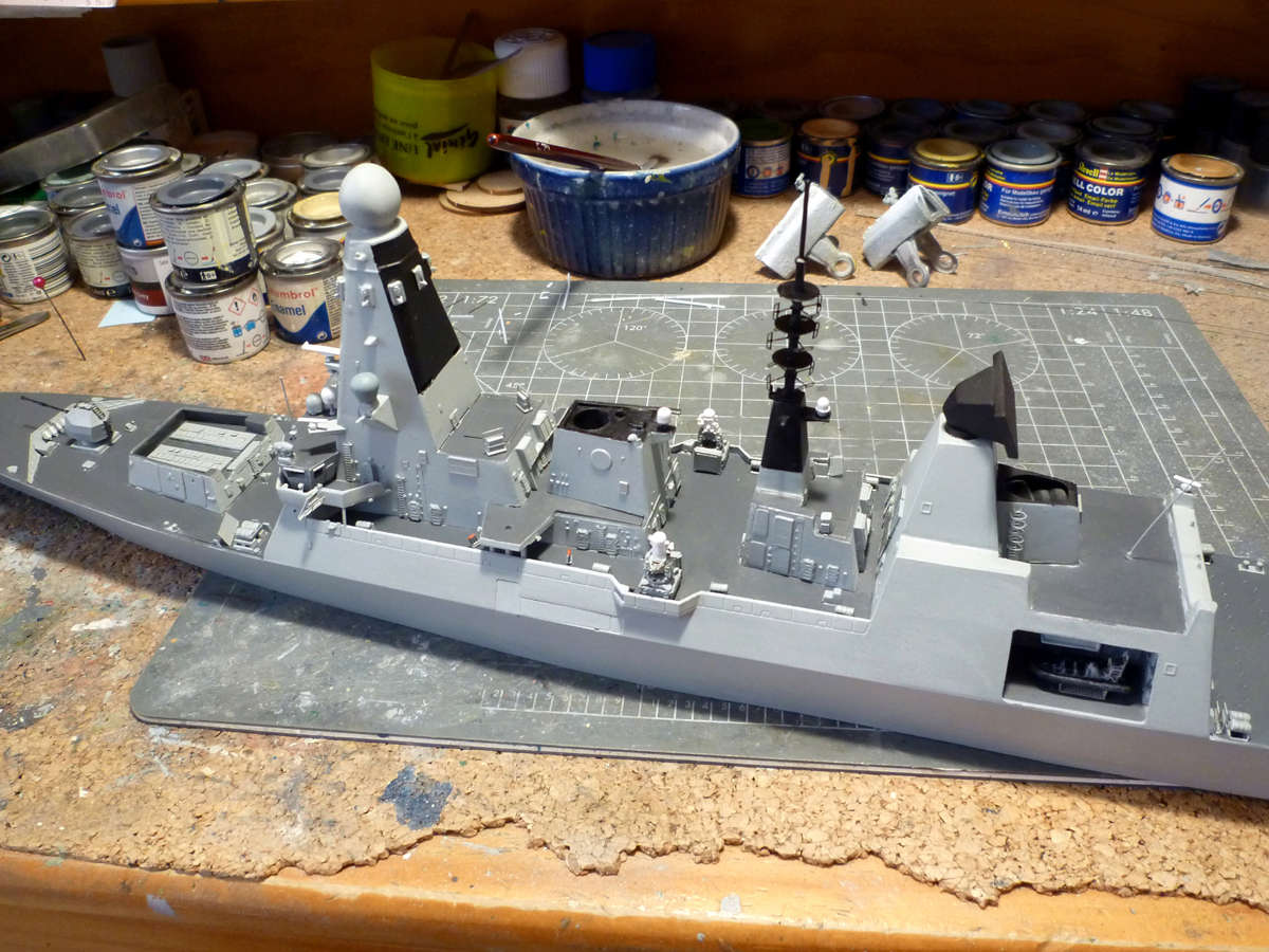 HMS DRAGON Destroyer Type 45 Airfix 1/350 + P.E Bigblueboy - Page 3 Hms_dr48