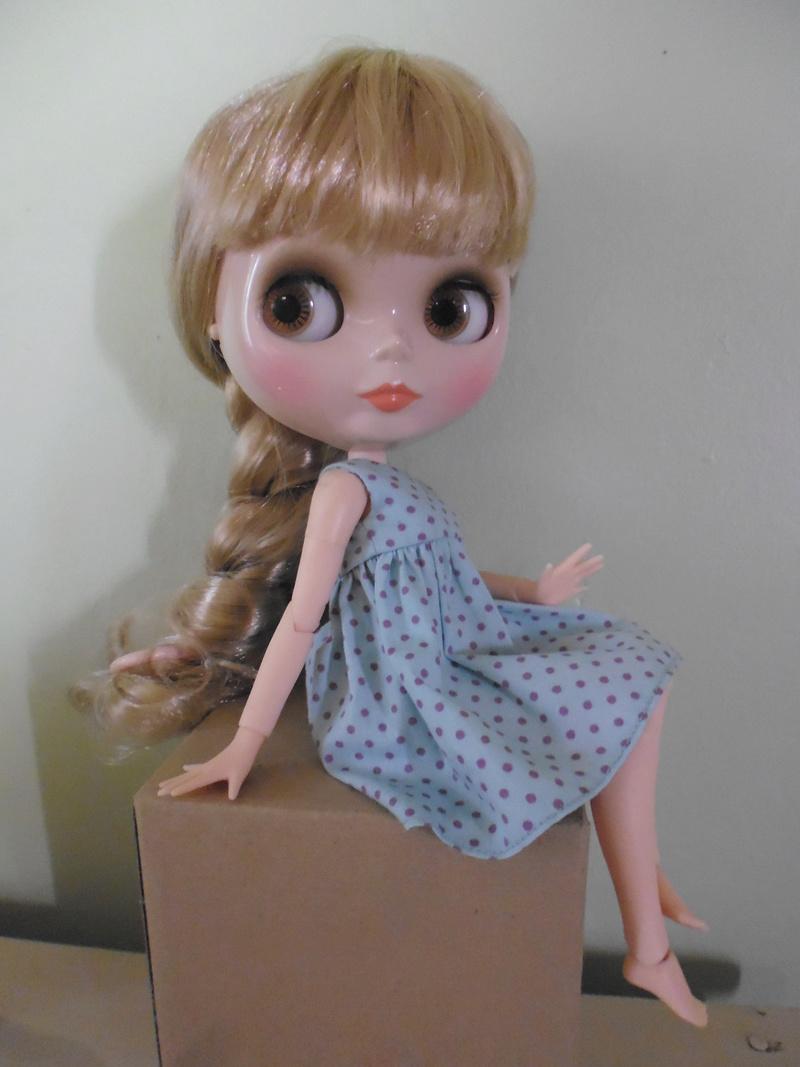 Une Icy doll est arrivée et maintenant une petite Blythe Factory ! P1050910