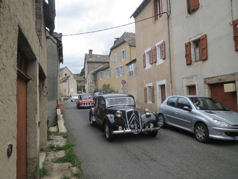 quelques autos au tour cycliste international de L'Ardèche  Img_4618