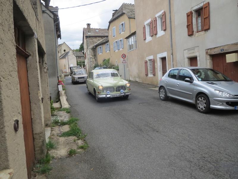 quelques autos au tour cycliste international de L'Ardèche  Img_4622
