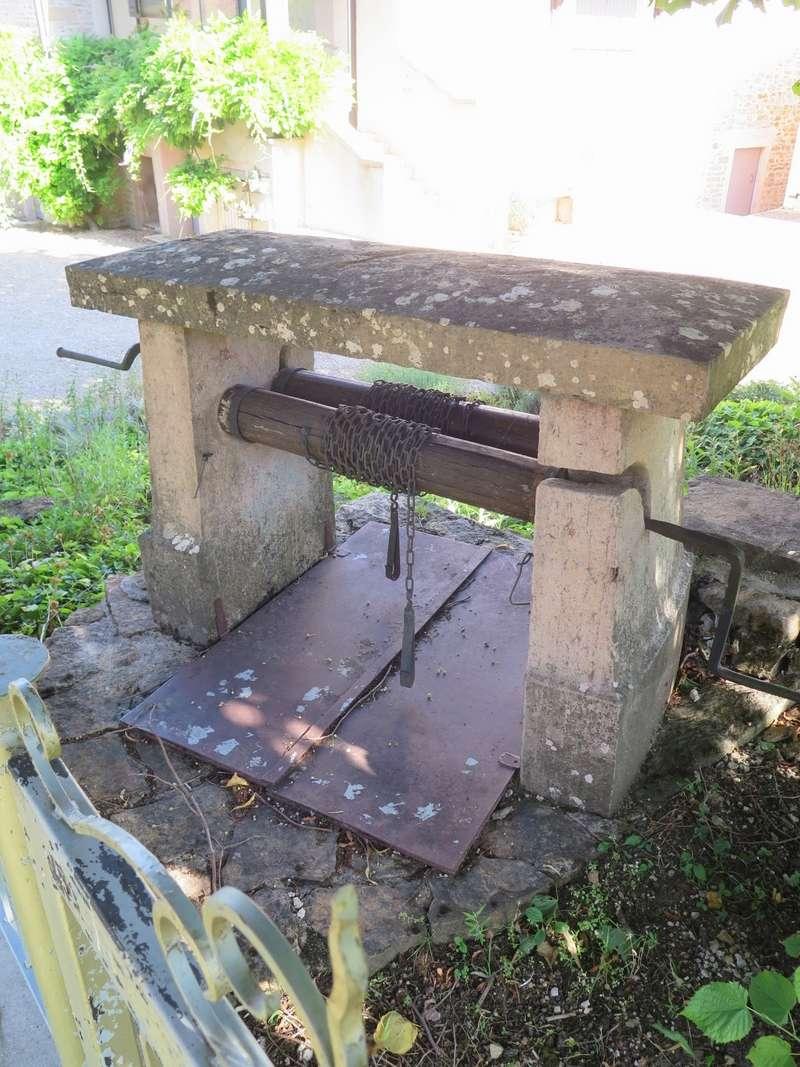 Petit patrimoine de la Chapelle sous Brancion  Collonge C8a_co10