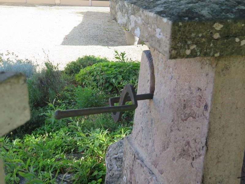 Petit patrimoine de la Chapelle sous Brancion  Collonge C8c_co10