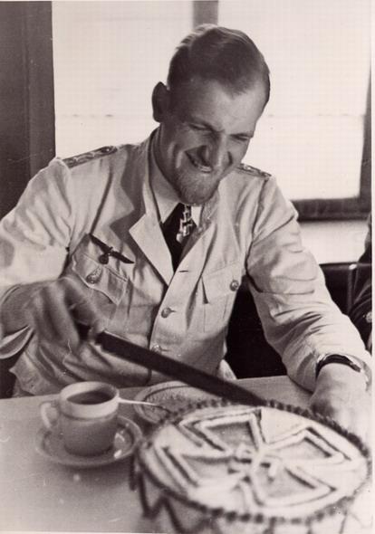 Kriegsmarine - Vaisselle sous officiers Km_21010