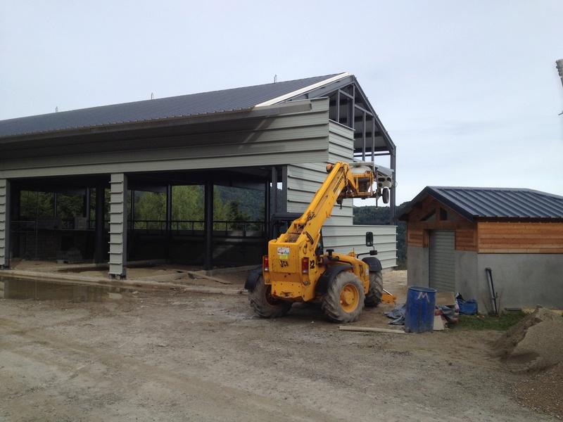 Construction d'un nouveau hangar à dameuses Ax 3 Domaines Img_6525