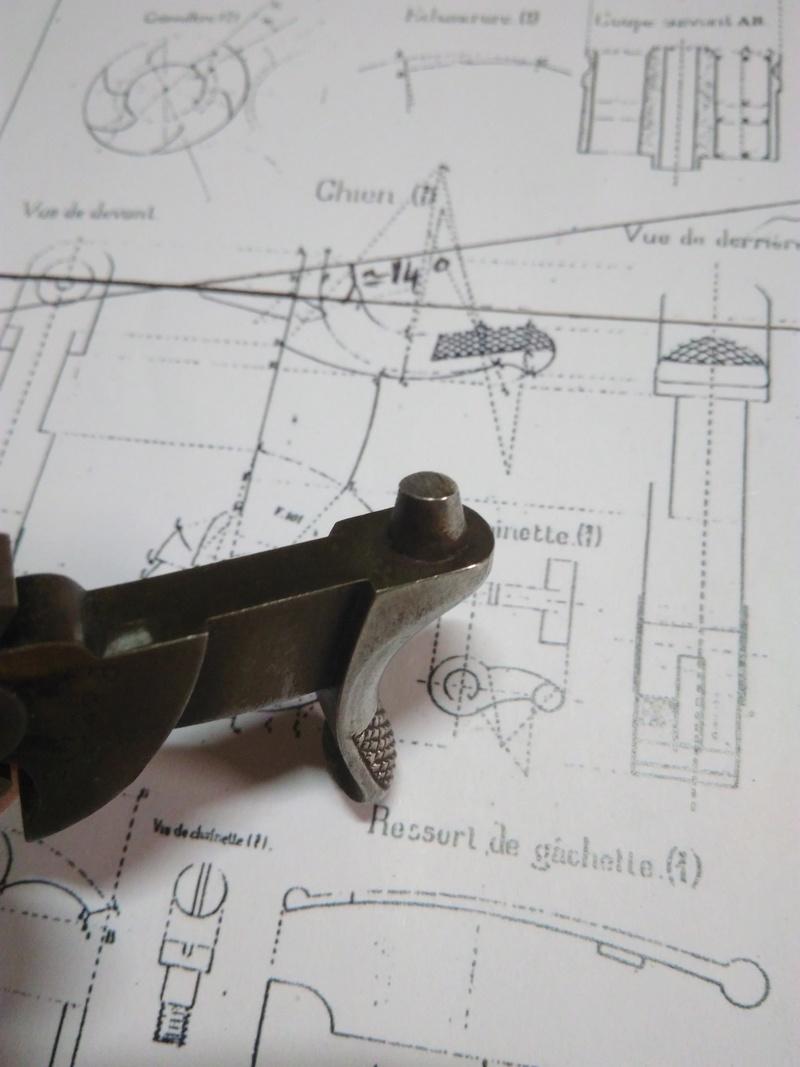 La réparation d'un percuteur de 1873 Img_2010