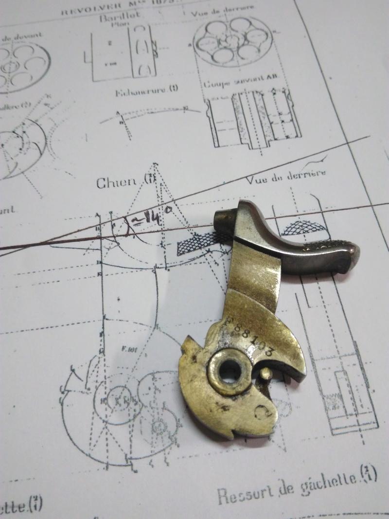 La réparation d'un percuteur de 1873 Img_2011